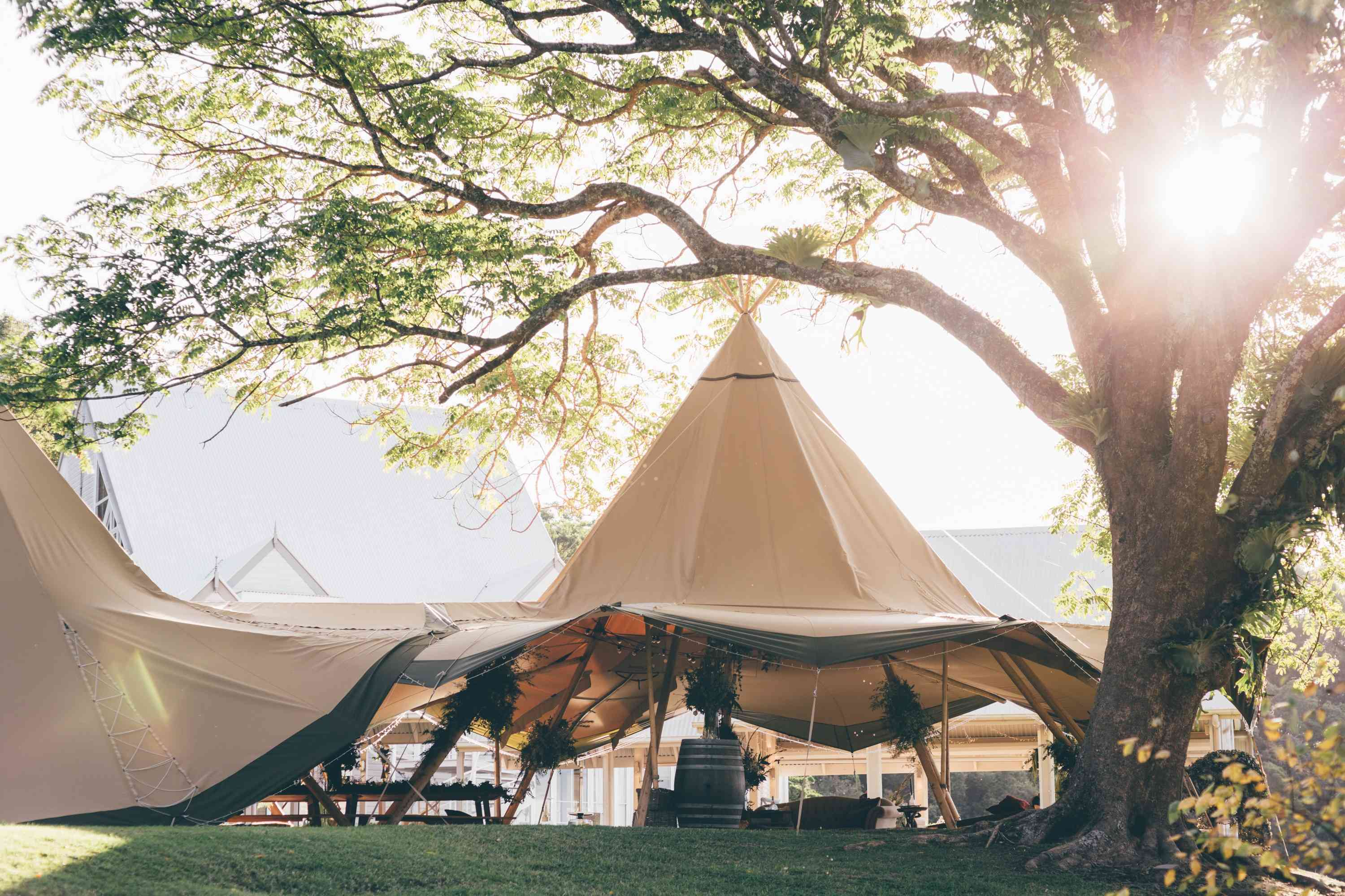 Tipi-Luxe-Double-Tipi-Configuration-Image-by-Artography-
